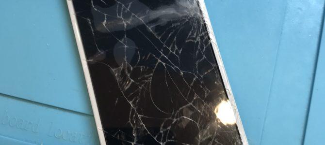 iPhone6Sのフロントパネル交換ならアイフォンクリア札幌パルコ店へ